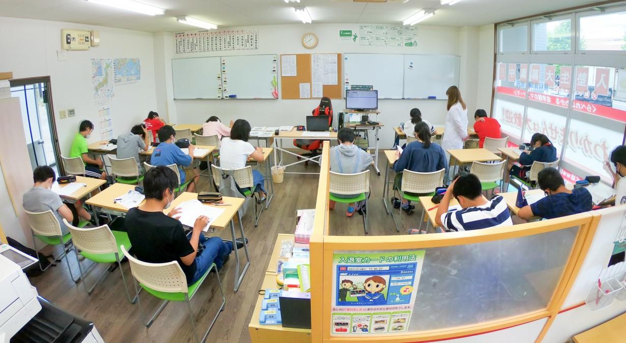 名学館小牧新町校 教室風景